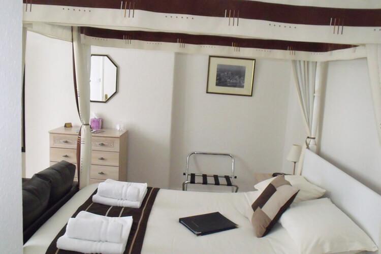 Burnside Guest House - Image 2 - UK Tourism Online
