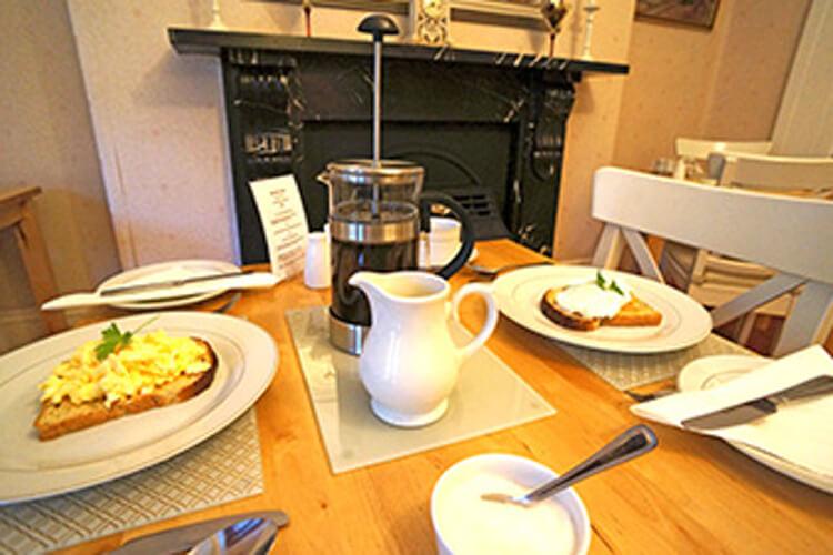 Casa Mia Guest House - Image 3 - UK Tourism Online