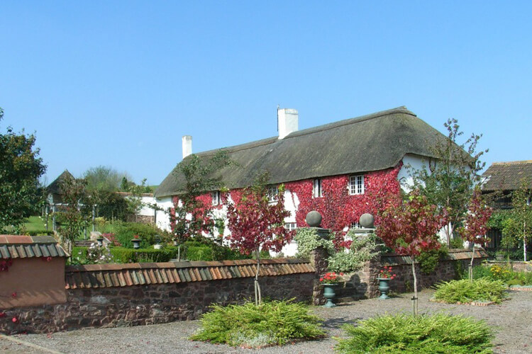 Combe Lancey Farmhouse Bed and Breakfast - Image 1 - UK Tourism Online