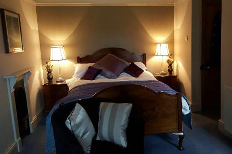 Downton Lodge Country Guest House - Image 2 - UK Tourism Online