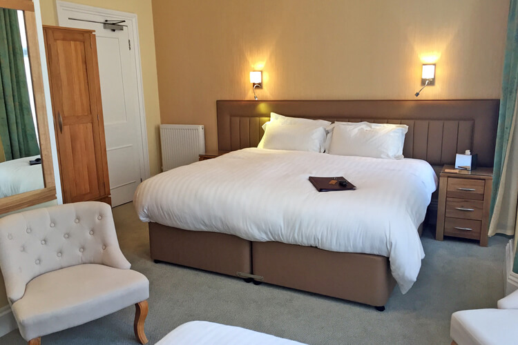 Edgcumbe Guest House - Image 2 - UK Tourism Online