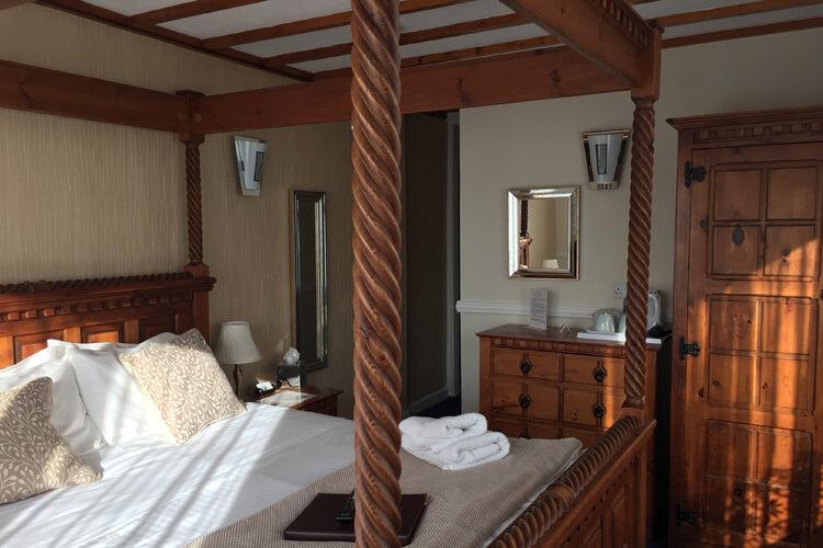 Edgcumbe Guest House - Image 3 - UK Tourism Online