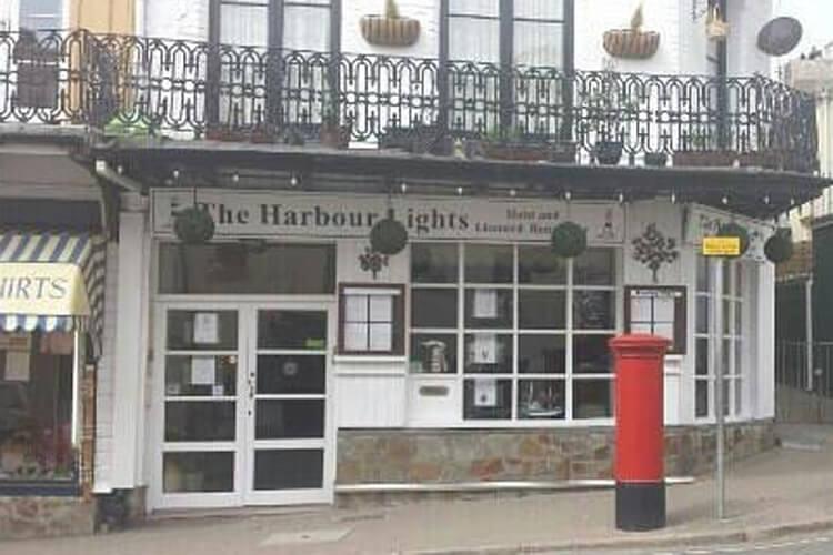 The Harbour Lights - Image 1 - UK Tourism Online