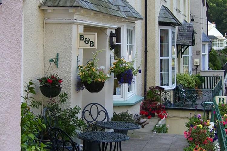 Hillside House - Image 1 - UK Tourism Online