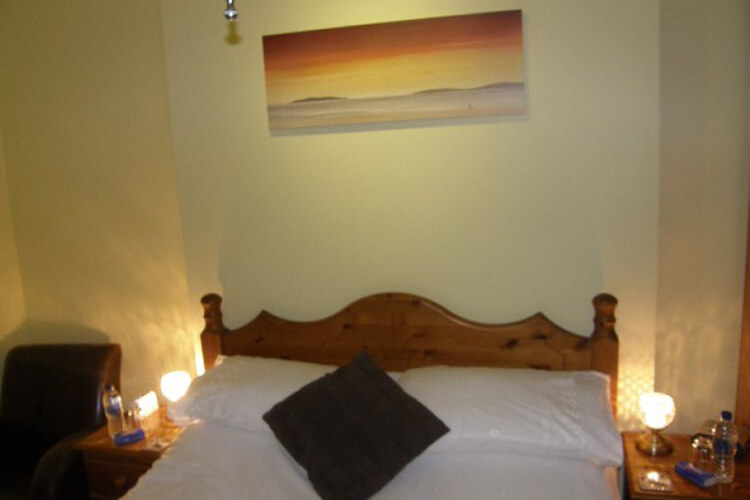 Kingswinford Guest House - Image 4 - UK Tourism Online