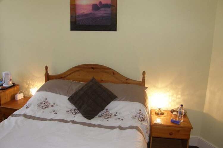 Kingswinford Guest House - Image 5 - UK Tourism Online