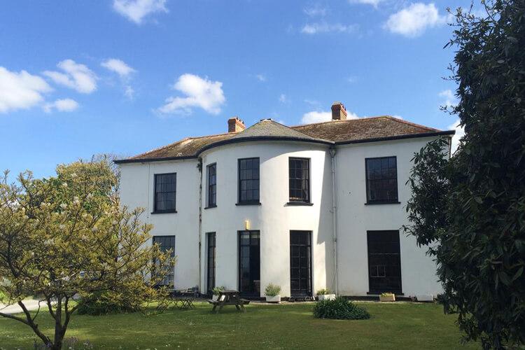 Laston House - Image 1 - UK Tourism Online
