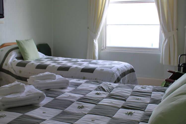 Lynton House - Image 3 - UK Tourism Online