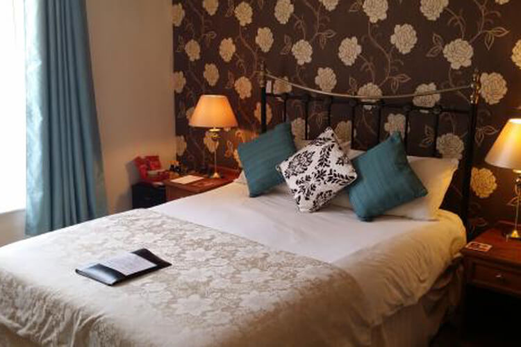 Mullacott Farm Bed and Breakfast - Image 2 - UK Tourism Online