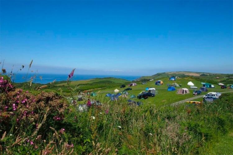 North Morte Farm Caravan & Camping Park - Image 1 - UK Tourism Online