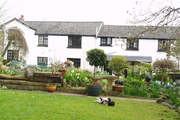Old Barn Bed and Breakfast - Image 1 - UK Tourism Online