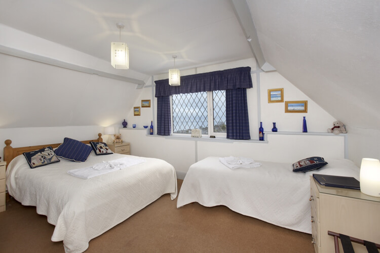 Raddicombe Lodge - Image 3 - UK Tourism Online