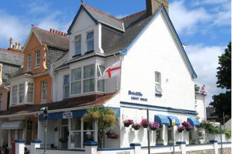 The Ratcliffe Guest House - Image 1 - UK Tourism Online