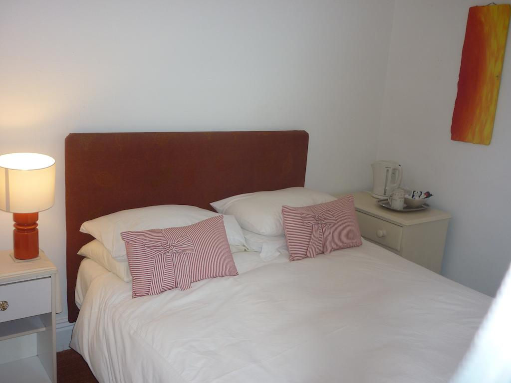Rusty Anchor Guest House - Image 3 - UK Tourism Online