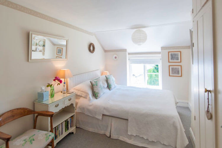 Silver Cottage Bed and Breakfast - Image 2 - UK Tourism Online