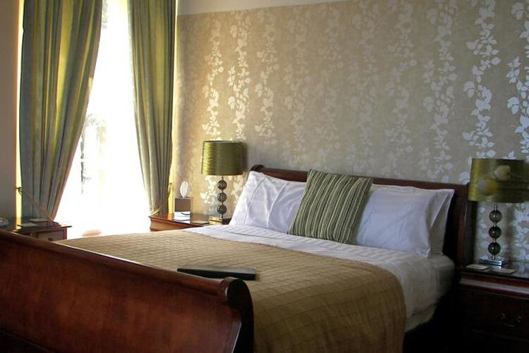 Sinai House - Image 2 - UK Tourism Online
