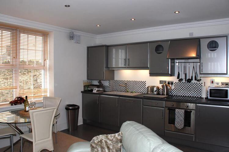 Southover Beach Apartments - Image 2 - UK Tourism Online