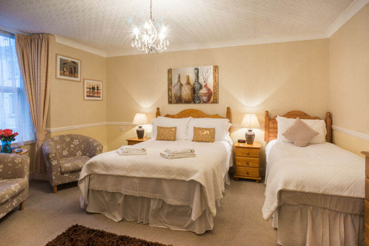 The Thornhill - Image 2 - UK Tourism Online