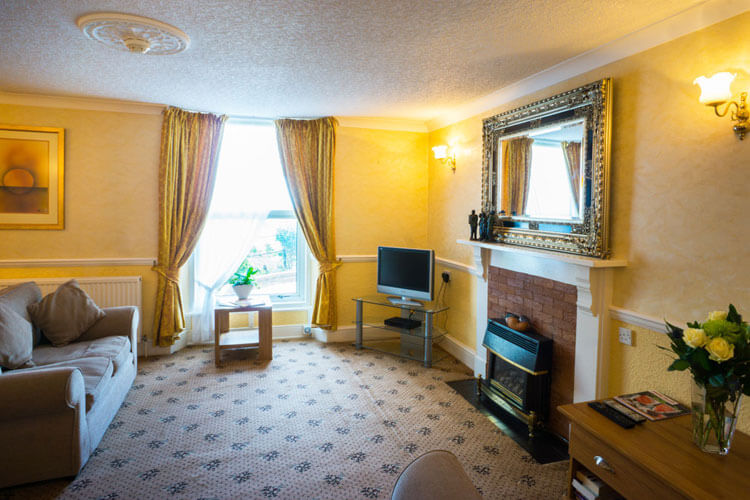 The Thornhill - Image 4 - UK Tourism Online
