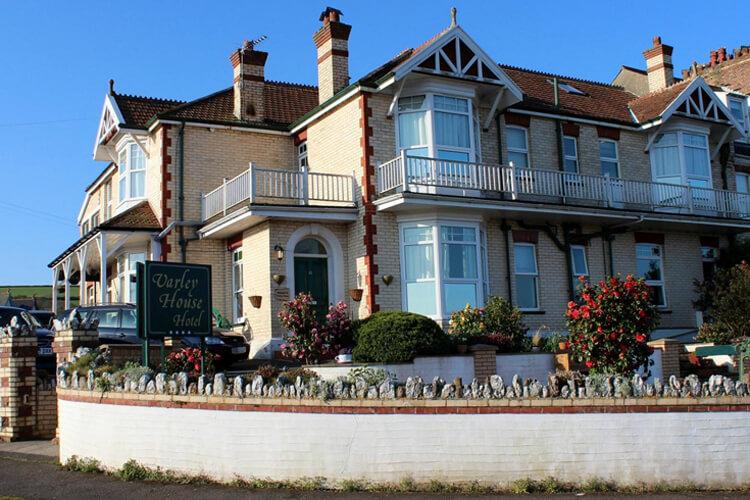 Varley House Guest House - Image 1 - UK Tourism Online