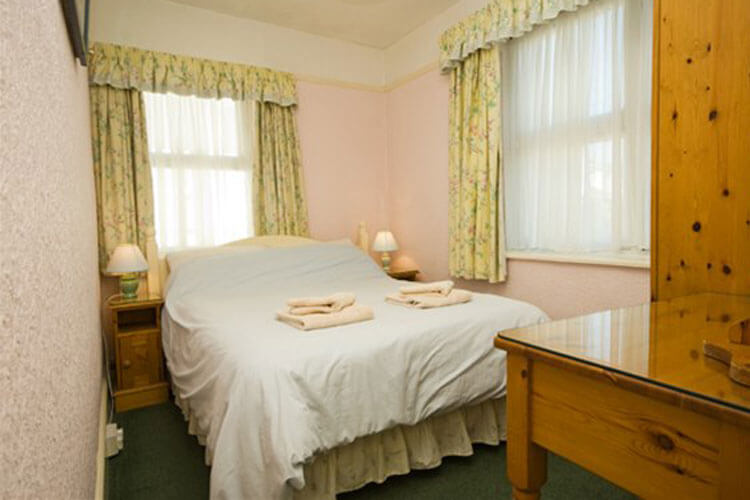 Waters Edge Cottage - Image 4 - UK Tourism Online