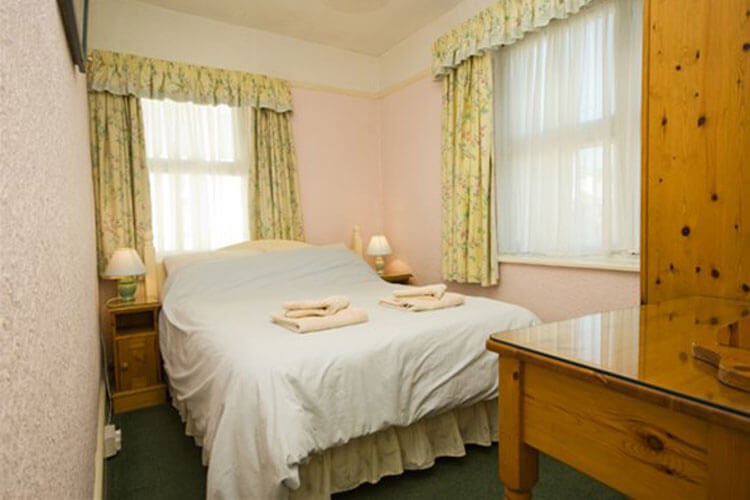Waters Edge Cottage - Image 5 - UK Tourism Online