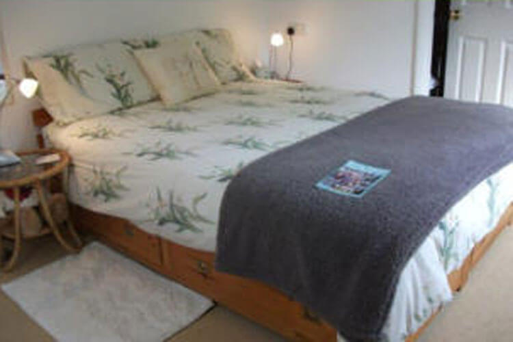 Whitstone Farm Bed and Breakfast - Image 4 - UK Tourism Online