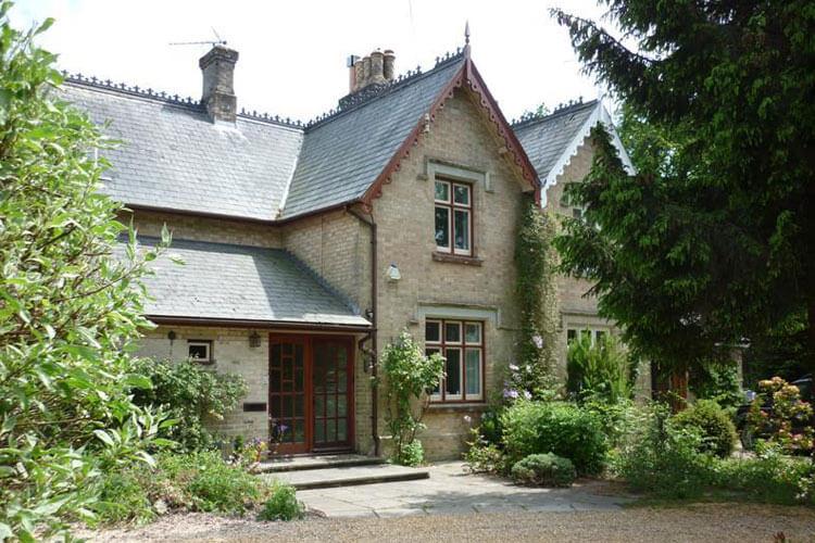 Two Heath Cottages - Image 1 - UK Tourism Online
