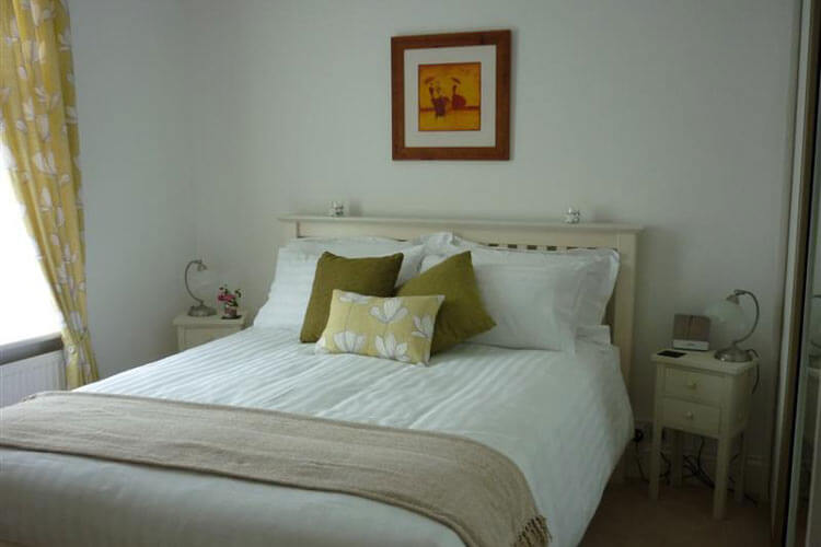 Two Heath Cottages - Image 2 - UK Tourism Online