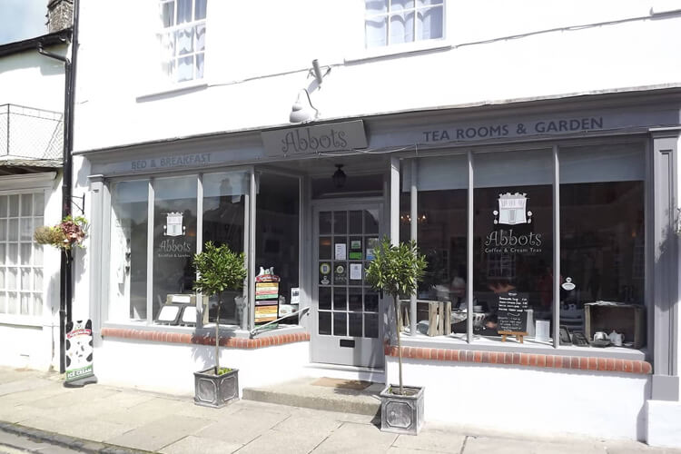Abbots Tea Room and Bed and Breakfast - Image 1 - UK Tourism Online