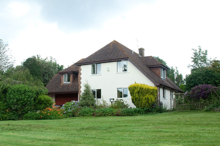 Bassets Bed and Breakfast - Image 1 - UK Tourism Online