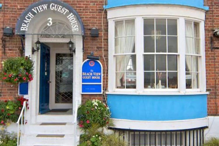Beach View Guesthouse - Image 1 - UK Tourism Online
