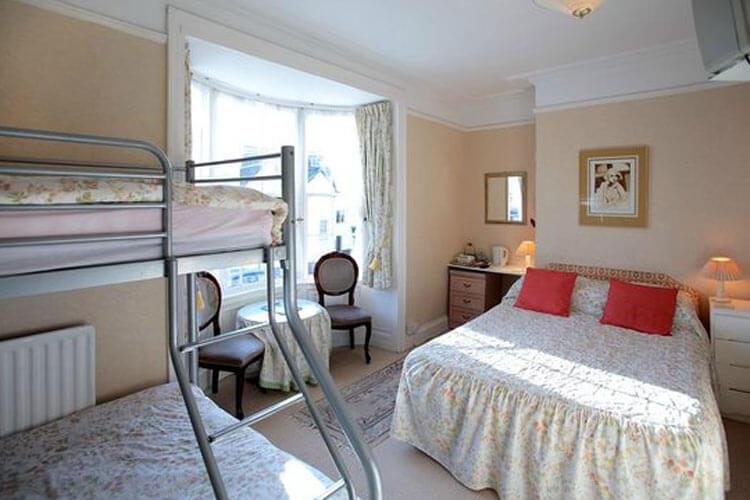 Beachcomber Guest House - Image 2 - UK Tourism Online