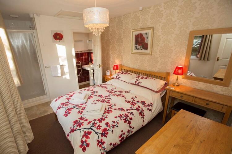 Bramlies Bed and Breakfast - Image 1 - UK Tourism Online