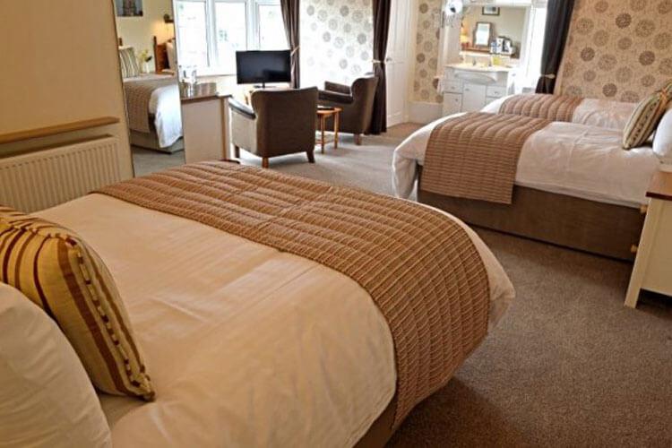 Glenlee Guest House - Image 3 - UK Tourism Online