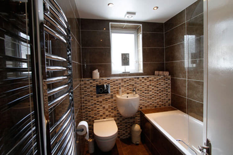 Grosvenor Lodge - Image 4 - UK Tourism Online