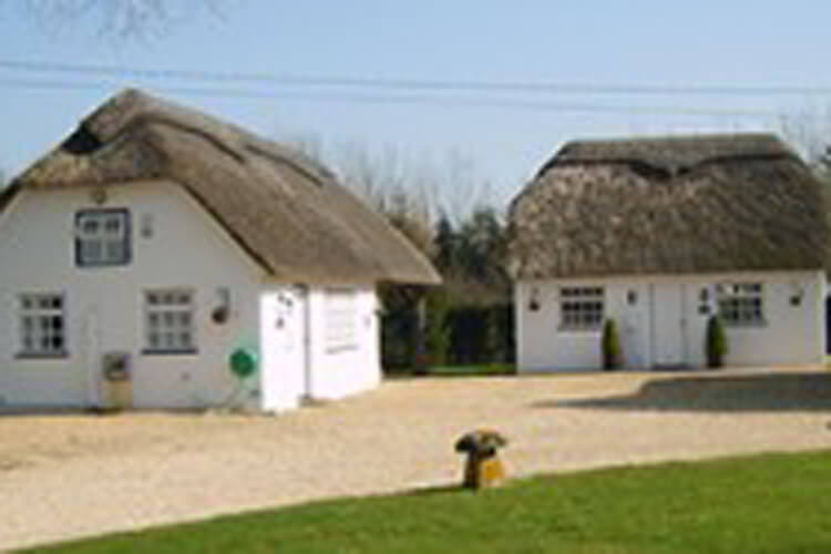 Meadow Cottage B & B and Self-Catering Cottages  - Image 1 - UK Tourism Online