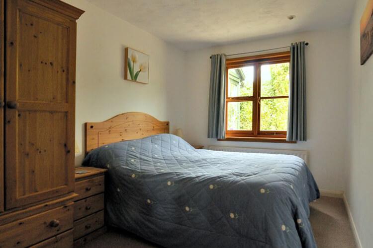 Mimosa Cottage - Image 2 - UK Tourism Online