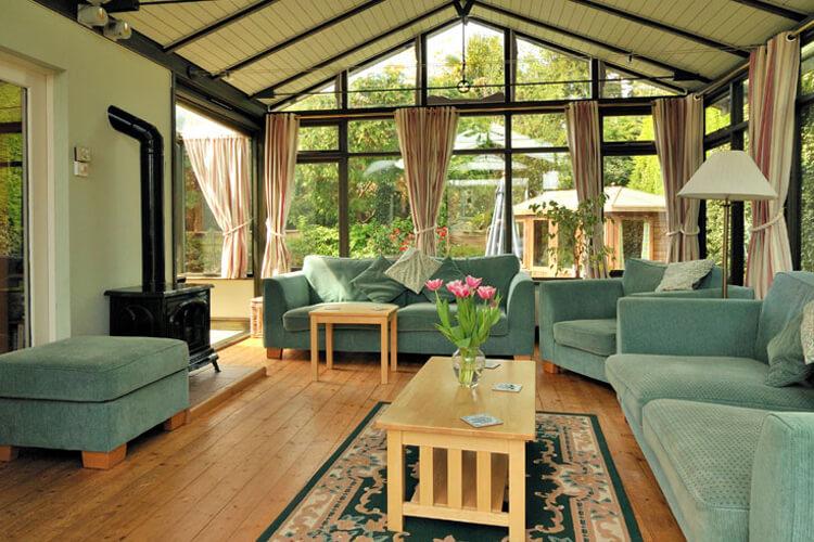 Mimosa Cottage - Image 4 - UK Tourism Online