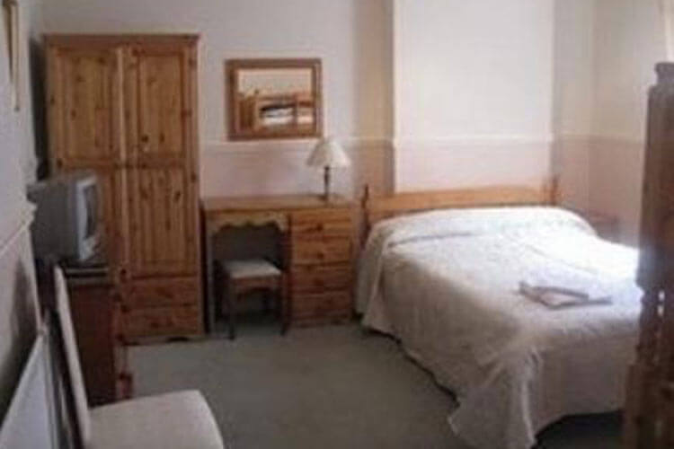 Premier Hotel - Image 2 - UK Tourism Online