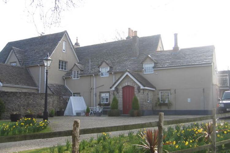 Rectory Cottage - Image 1 - UK Tourism Online