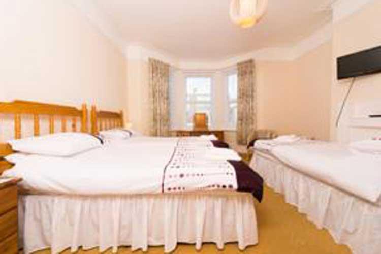 Sandy Bay Guest House - Image 2 - UK Tourism Online