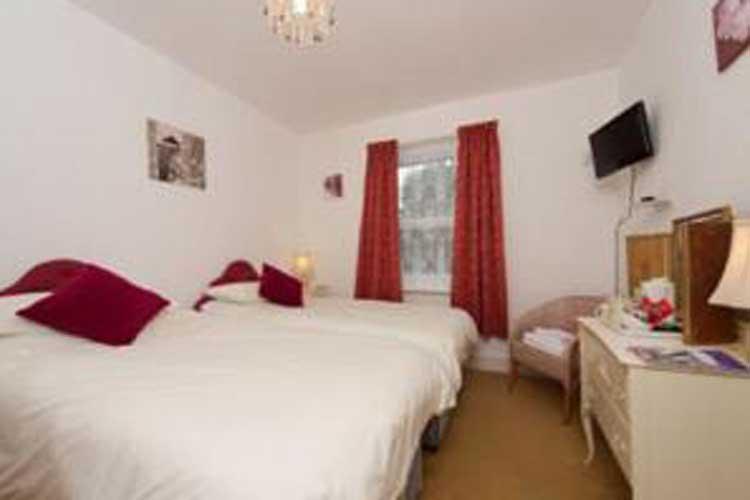 Sandy Bay Guest House - Image 4 - UK Tourism Online