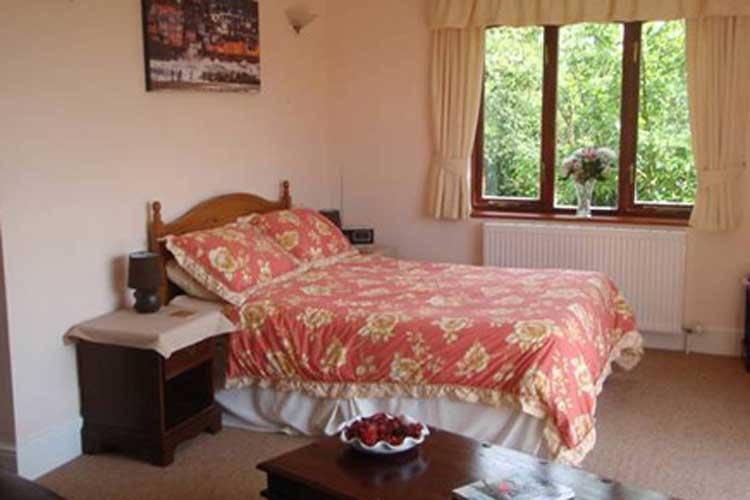 Skerries Bed and Breakfast - Image 2 - UK Tourism Online