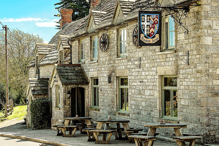 The Bankes Arms - Image 1 - UK Tourism Online