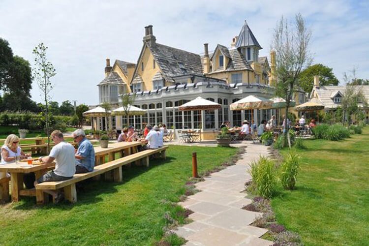 The Pig on the Beach Restaurant with Rooms - Image 1 - UK Tourism Online