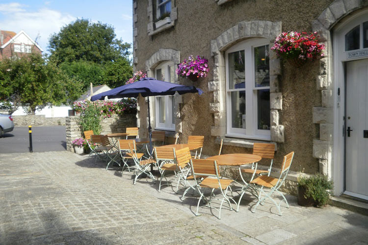 Town Hall Lodge Bed and Breakfast - Image 1 - UK Tourism Online