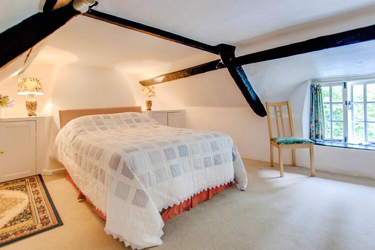 Two Vine Cottage - Image 4 - UK Tourism Online