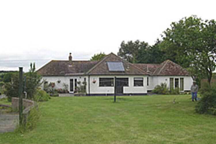 West Acres Bed and Breakfast - Image 1 - UK Tourism Online