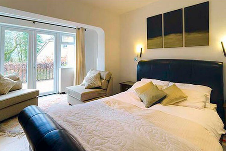 Woodland Views Bed and Breakfast - Image 1 - UK Tourism Online